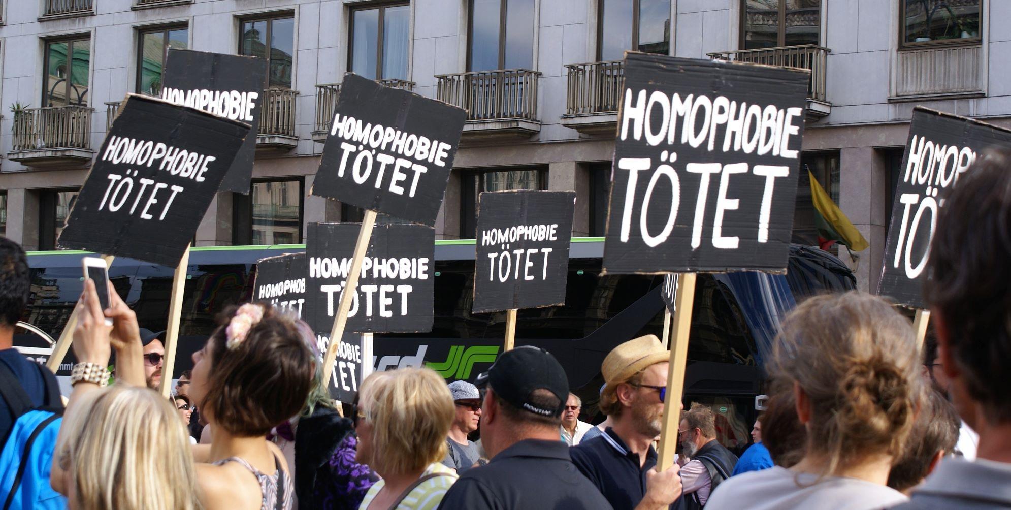 Homophobie tötet_web.jpg